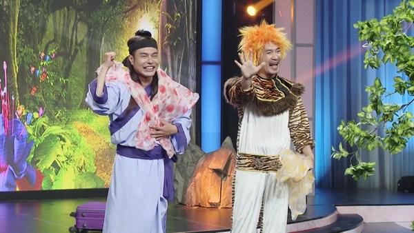 """Ai cũng bật cười mùa 2 - 2017 Tập 4: Trấn Thành – Khả Như tái hiện """"Em gái mưa"""" phiên bản mới"""