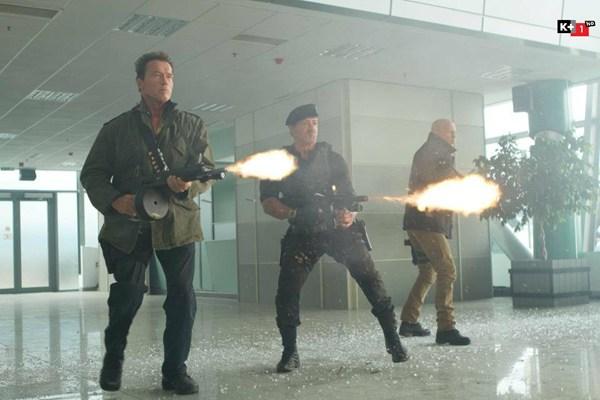 """The Expendables 2 – """"Già gân"""" xuất chiêu"""